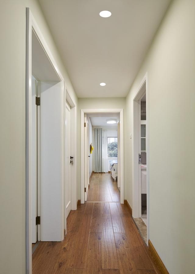地板是買淺色的還是深色的?看完後心裡立馬明白了!