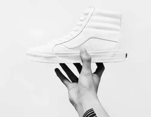 球鞋 | 身為潮人,怎麼可能沒有這7雙白色球鞋!