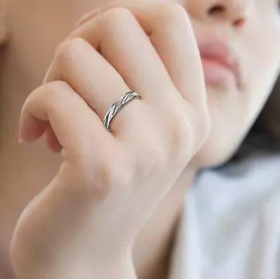 女人千萬別這樣戴戒指!戴戒指的都看看吧!