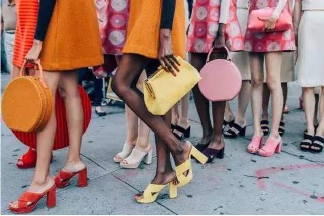 潮女|妹紙衣櫃里該有的5種顏色,你都有嗎?