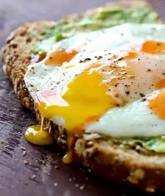 10道神奇的雞蛋菜譜,幫你開啟充滿活力的一天