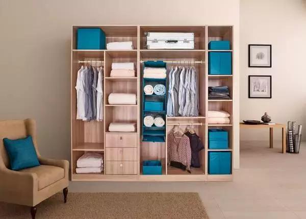 衣服太多沒地方放? 這樣收納,衣櫃再小也能收拾得整整齊齊!