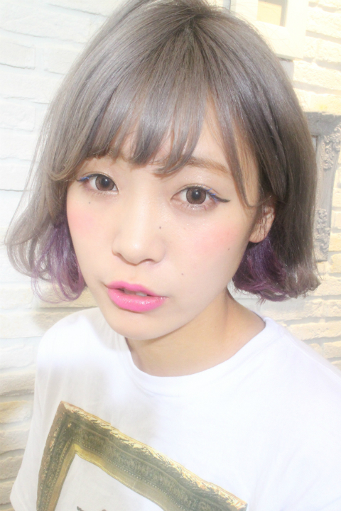 染個灰咖啡色頭吧!低調得來不顯暗沉,是個不論男女都會喜歡的顏色!❤