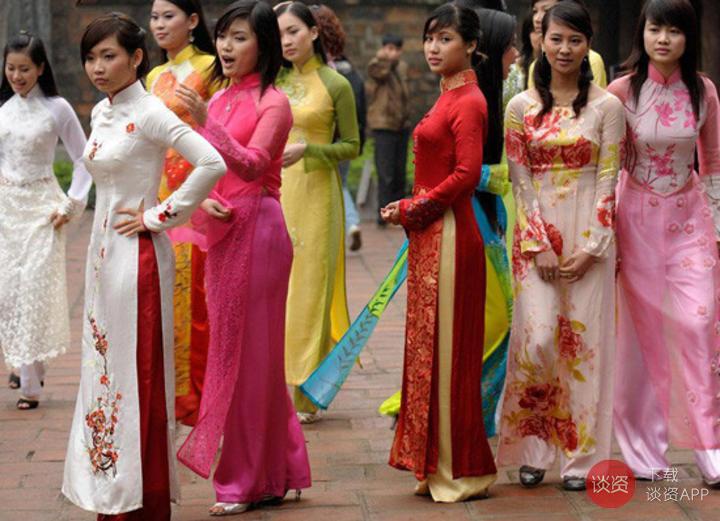 15國民族服飾大比拼,你覺得哪件最美
