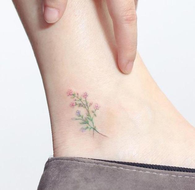 在腳踝上的可愛小刺青,不失清新的低調感大發