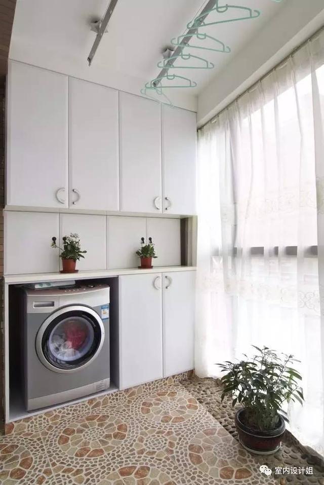 陽台曬衣服,晾衣桿怎麼裝美觀又好用?