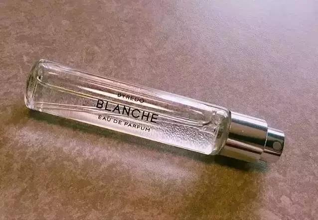 不同時期、不同年齡都適合哪種香水? 看了你就知道了