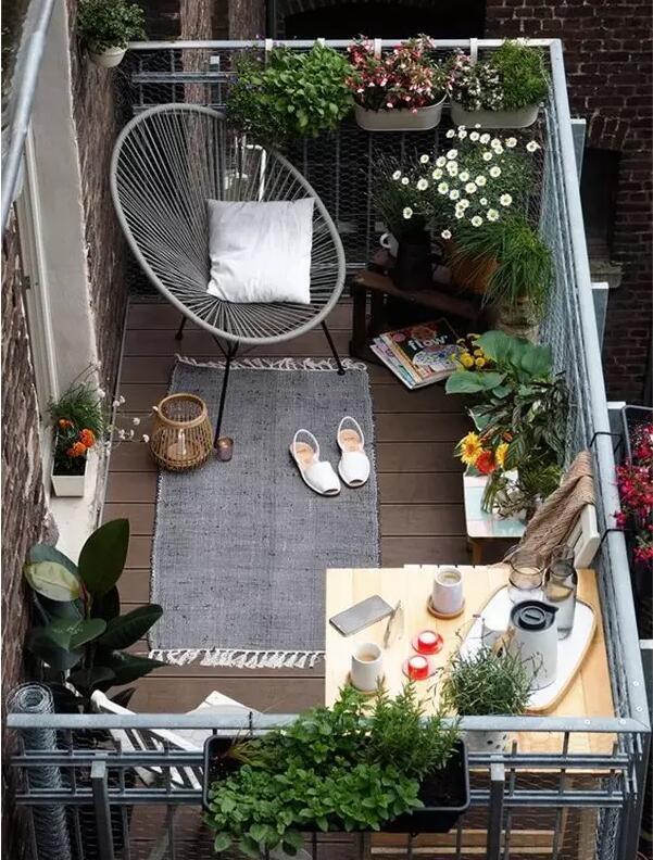 陽台這樣設計,和別墅小院一樣美