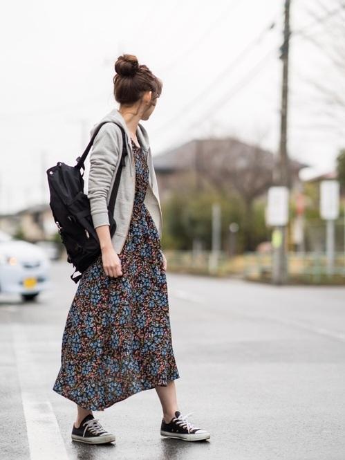 時尚穿搭:15個夏天灰色穿搭簡約女生夏天的關鍵