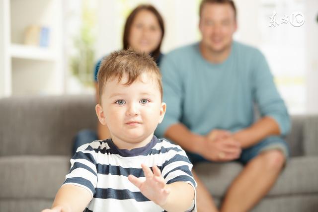 """單親媽媽再婚難:如何讓孩子接受""""新爸爸""""?"""