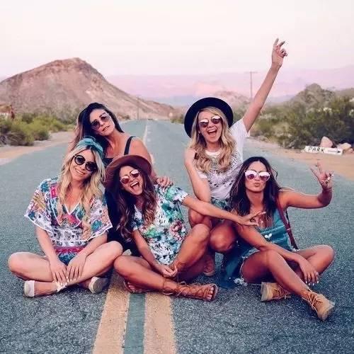 從今起,深交五種朋友,遠離四種人