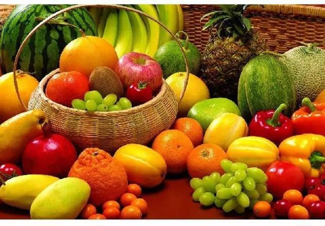 教你一眼看穿:啥樣水果是催熟的,別吃出問題!