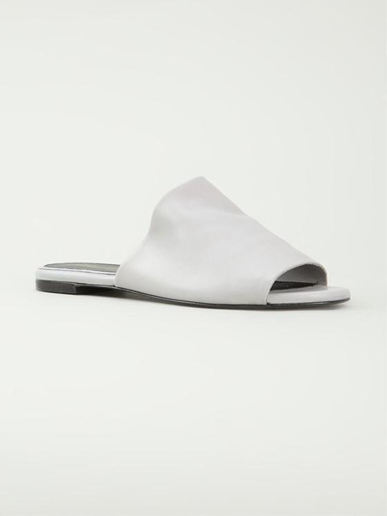 時髦精們人腳一雙的穆勒鞋是什麼鬼?