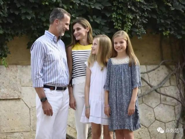 西班牙王后的兩個公主,氣質基因衣品完全繼承了媽媽