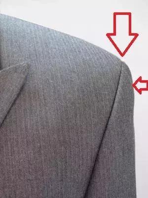 穿搭|西裝穿得好與壞,「肩膀」很重要