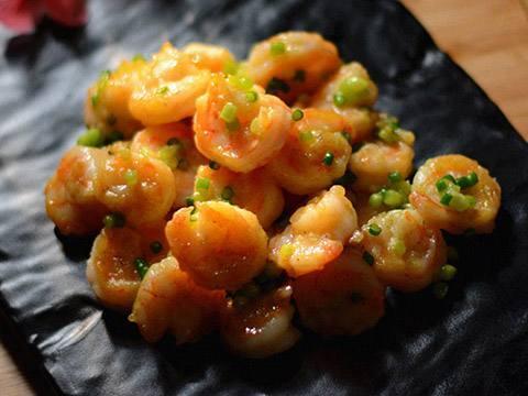蔥爆蝦仁就是香,滿滿的蔥香味兒