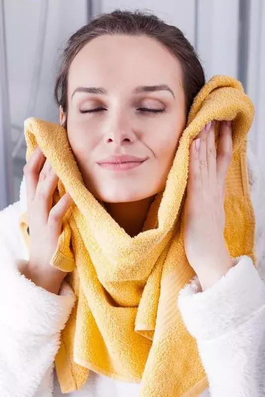 【舊物改造】| 舊毛巾千萬不要隨便扔,這樣改一改竟然價值翻倍!
