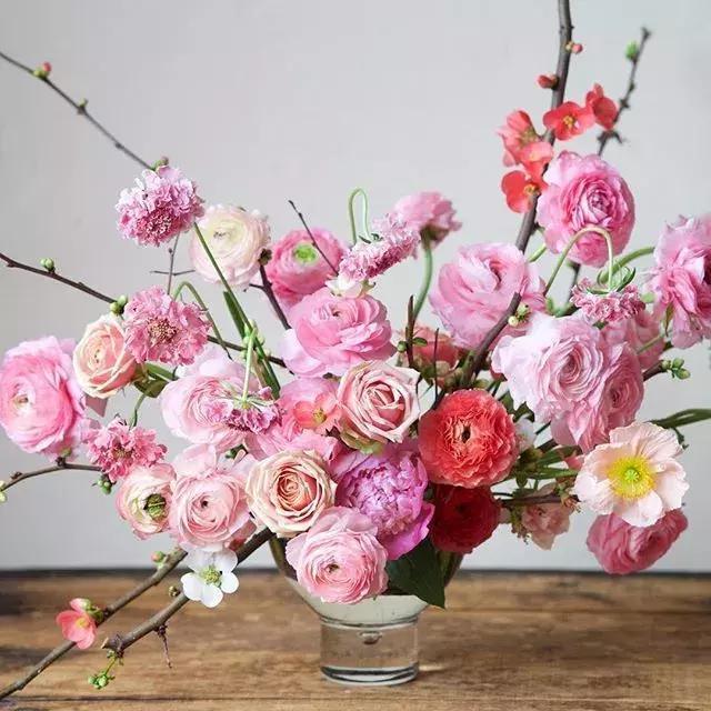 分享一組舊金山花藝師Kiana的大作,抱走舔屏去!