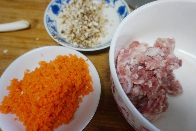 特色小吃在家就能做,薄皮大餡,噴香可口,比包子餃子都省事