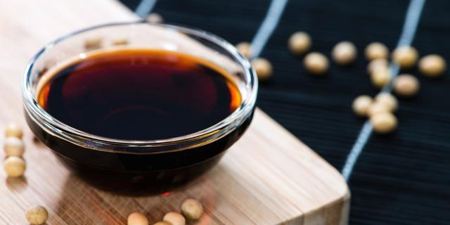 提醒:用醬油炒這4種菜,產生大量亞硝胺,這可是致癌物哦!