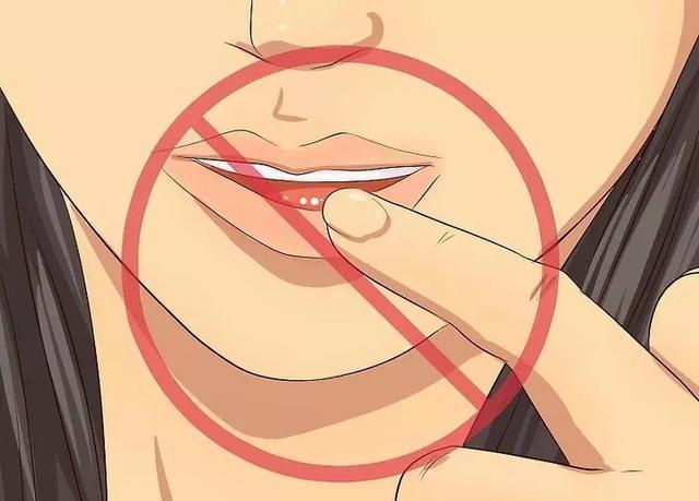 嘴上長泡,暗藏6種致命疾病,做對5件事清火排毒!