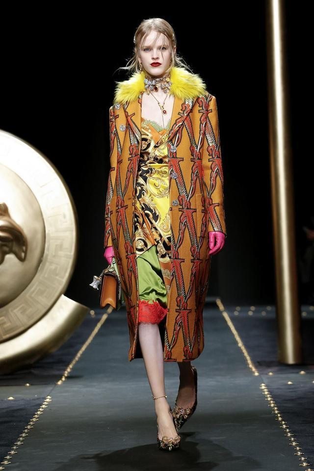 Versace 2019秋冬系列